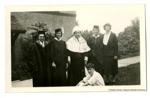 "Lloyd Kasten (izqda.) y Antonio García Solalinde (centro), c. 1935. ""Kasten Archive"", Hispanic Society of America."