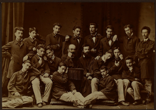 moorat raphael college