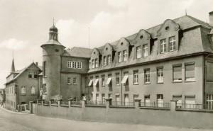Das 1979 abgebrochene Krankenhaus längs der Klosterstraße