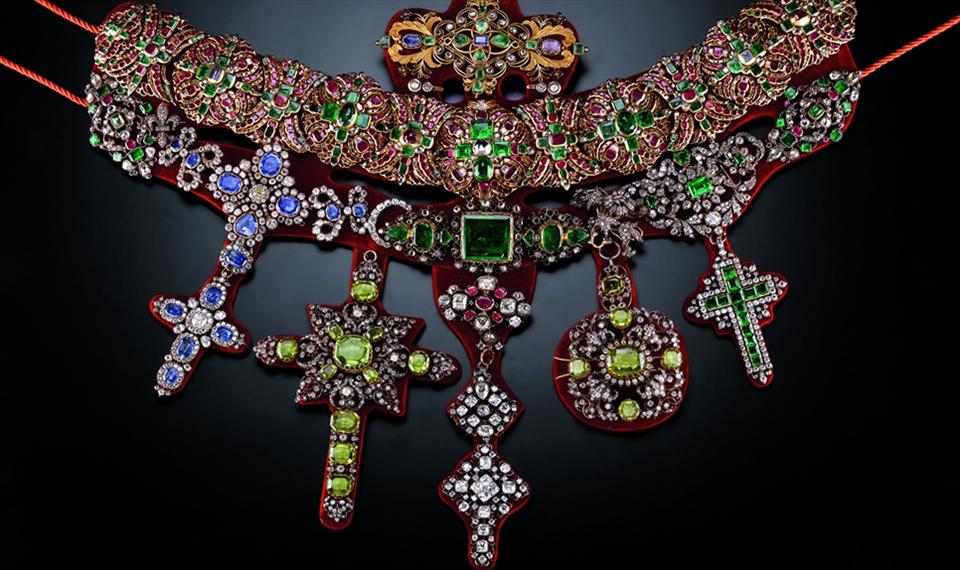 Collana di San Gennaro Ouro, prata, gemas e incorporação de joias. Michele Dato, 1679-1879.