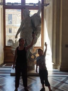 Museu do Louvre MIR, 2013