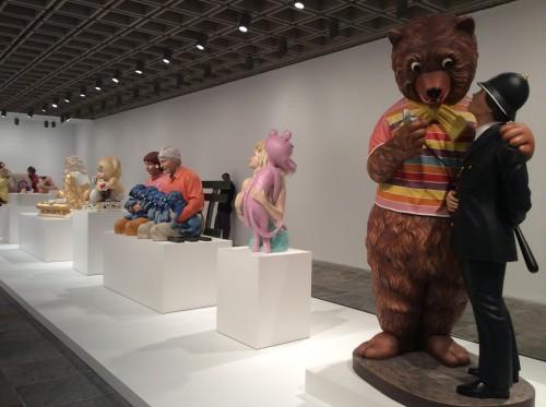 Em primeiro plano: Bear and Policeman, 1988
