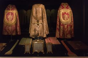 Parements liturgiques Porto, Trésor de la cathédrale  Photo: Daniel Villafruela, 2014.