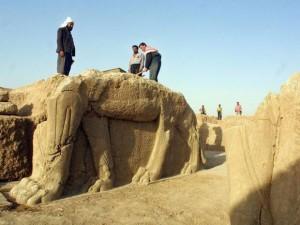 Destruição em Nimrud.