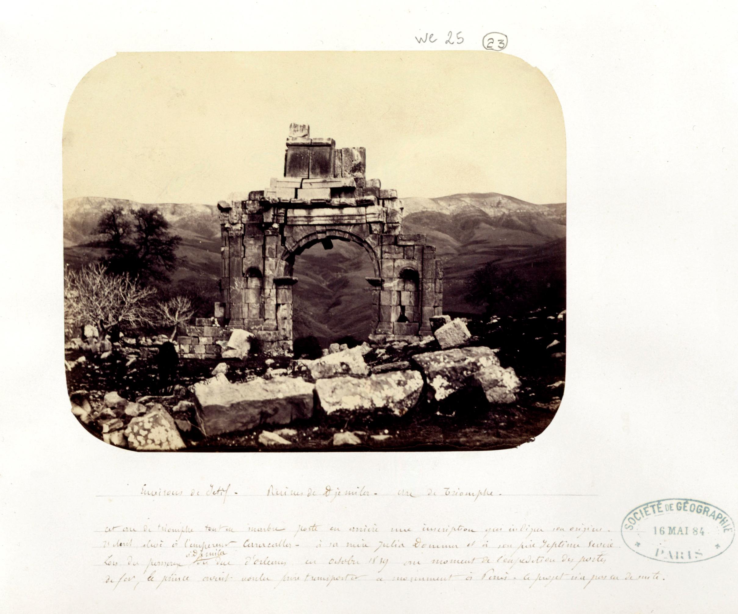 Capitaine de Courcival, Environs de Sétif, ruines de Djemila, arc de triomphe, 1861-1862, fonds Société de Géographie, SGE SG WE-25