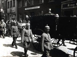 Foto des Beerdigungszuges
