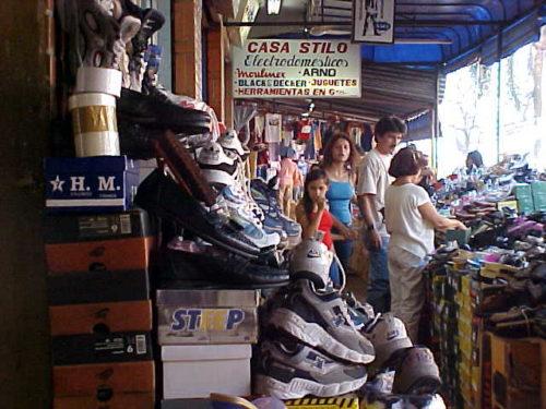 Ciudad del Este - Tennis and shoes