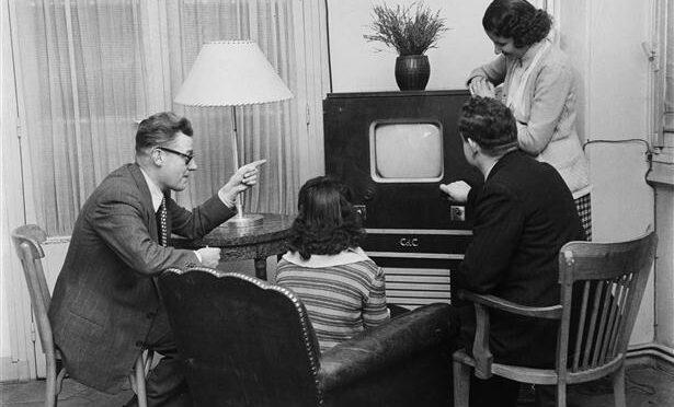 Parution: Théorème, n°32 «Dans l'intimité des publics: réceptions audiovisuelles et production de soi»