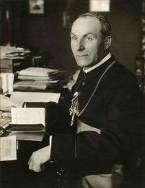 Michael von Faulhaber als Bischof von Speyer, um 1916. EAM, NL Faulhaber Foto 115
