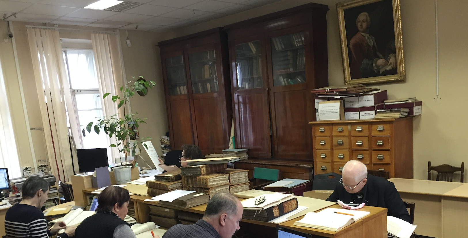 Image 4. Reading room of the Archive of the Saint Petersburg Academy of Sciences. © Yann Potin