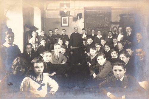 5. Klasse des Schottengymnasiums, Schuljahr 1922/23 (Ignaz Ephrussi hinten stehend, dritter von rechts (?)).
