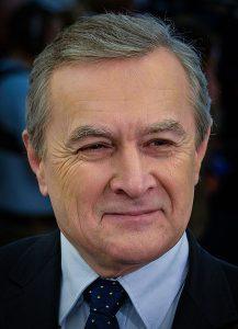 Der amtierende polnische Kulturminister Piotr Tadeusz Gliński- Foto: Adrian Grycuk (Own work) [CC BY-SA 3.0 pl (http://creativecommons.org/licenses/by-sa/3.0/pl/deed.en)], via Wikimedia Commons