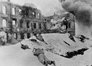 Stalingrad im Januar 1943, Foto: Bundesarchiv, Bild 183-P0613-308 / CC-BY-SA 3.0 [CC BY-SA 3.0 de, via Wikimedia Commons