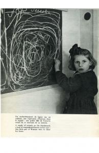 """Une petite fille de Varsovie dessine sa maison (Brochure """"Enfants sans foyer"""" UNESCO)"""