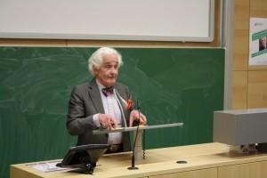 Rechtsanwalt Prof. Dr. Peter Raue (Christian Lindlein)