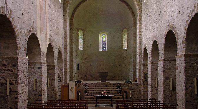 L'articulation de l'espace sacré au sein de l'édifice religieux dans le bassin méditerranéen occidental et à ses marges (XIe-XIIe siècles)