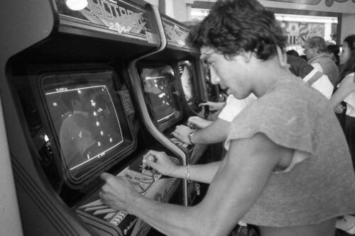 A Bay Area arcade debuts the new video game Robotron on July 8, 1982.Photo: Eric Luse, The Chronicle