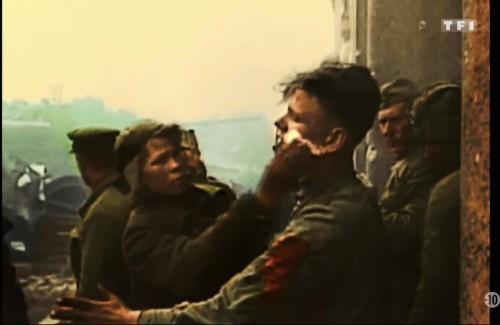 Photogramme de Délivrance, timecode 1:04:40, soldats russes