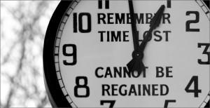 Time Lost (c) Matt Gibson, https://www.flickr.com/photos/matt_gibson/3281131319/in/photolist-nNMAt-5ZWE2D-oFrLd1-agEVeo-aZ6ZpK-3FvFCN-ooZ5tq-oFtq5K-aNcigx-iTiMEV-7V3VP6-rdahdM-qsCLUM-p4MeM9-NAtMm-6vRaKX-oMjuhE-oMjunj-6kZnq9-58FZKs-7sk448-jshVrx-jsjt4X-jshTW8-jsmhT5-jsjr44-4WdhYC-qDyJLm-e1eP9G-7StuUh-drmn9M-qsrNJG-cVzxKo-95tz6K-jsjsnr-jsmeqd-jsjUww-jshWEK-jshVAF-jsjU6G-jsmgD1-jshTCn-jsjUhy-VtkRn-4qrURf-yTE6V-9qpWzZ-73Lpzv-oUsYfn-79F4zB