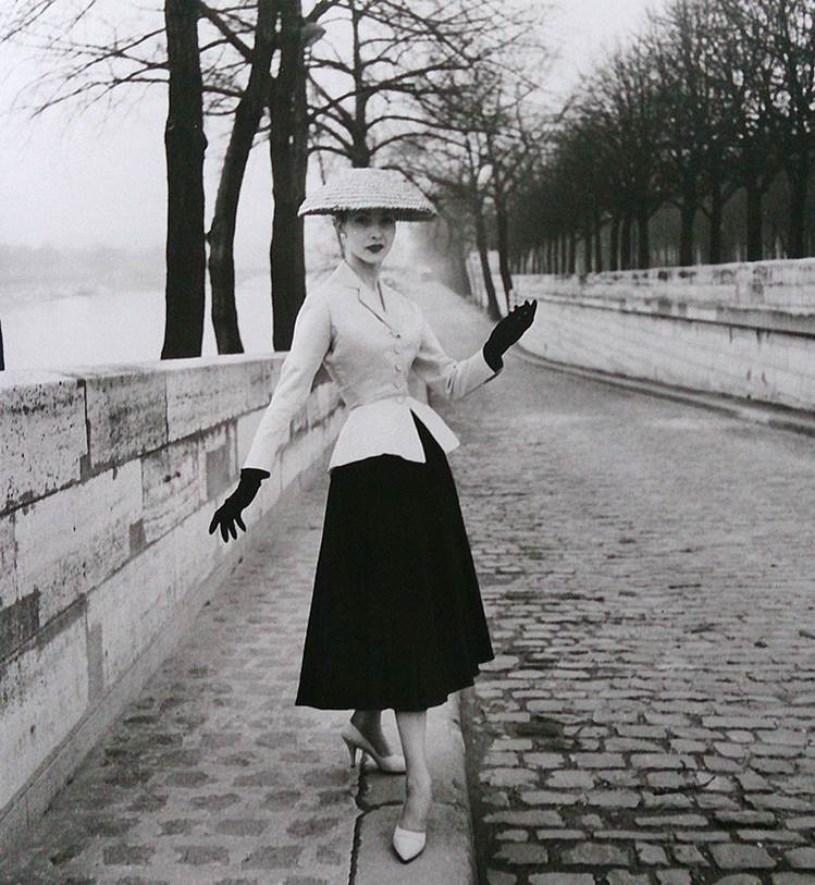French Fashion Photography: FRENCH FASHION PHOTOGRAPHY: 1947-1960 [Texte De Mon