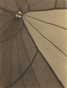 E. WESTON, Chapiteau, Mexique, 1924, Tirage gelatino-argentique, 9,8 x 7,5 cm, Los ANgeles, Getty Center