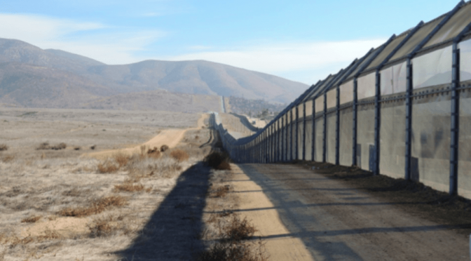 Damien Simonneau, «Le « mur » de Trump est déjà là», theconversation.com, 29/01/2017