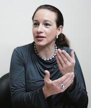 Maria Fernanda Espinosa