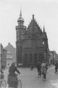 Im Rathaus von Kampen mit einer Tasse begrüßt (Foto: Adolf Meyer)