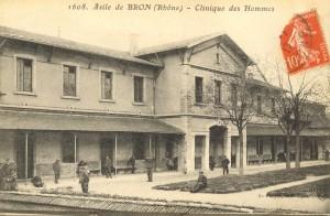 Asile d'aliénés de Bron, clinique des hommes, début du XXe siècle. Fonds de la Ferme du Vinatier