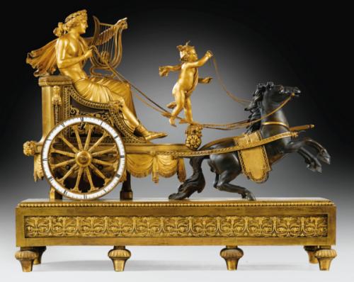 Simon Deverberie, pendule au char d'Apollo, vers 1800, 60 x 73x 25,5 cm.