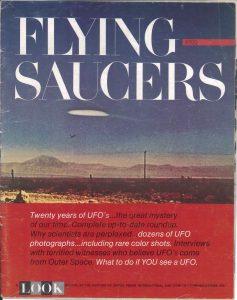 Numéro spécial du magazine Look pour les vingt ans des soucoupes volantes.