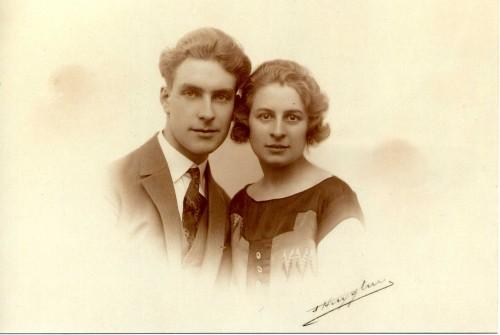 Mariage Papou et petite mamy 1925