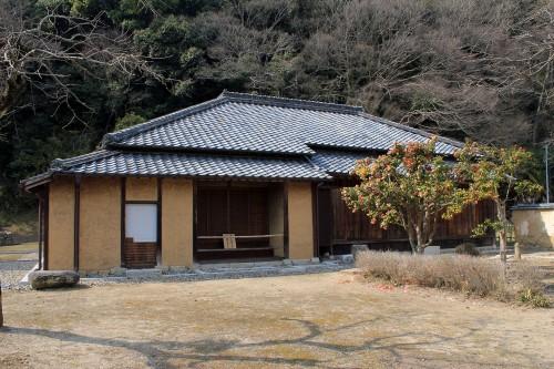 Vue extérieure de la maison de Kinoshita Toshiharu