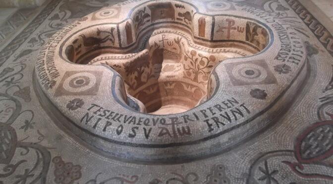 Baptême et baptistères : regards croisés sur l'initiation chrétienne entre Antiquité Tardive et Moyen Age