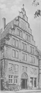 Marienplatz 11 / Kettenplatz 69 in Paderborn (Fotoaufnahme aus Die Bau- und Kunstdenkmäler des Kreises Paderborn. Tafel 101)