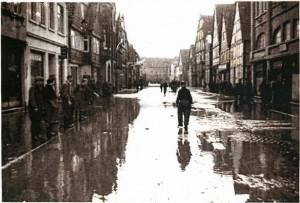 Breite Straße in Lemgo, 1946 (StaL N 1 unverzeichnet, Foto: Sabine Niewenhuis)
