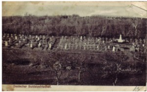 Aufnahme eines Soldatenfriedhofs aus der Sammlung August Jaspers. August Jasper an Bernhardine Jasper, vom 13. Januar 1915.