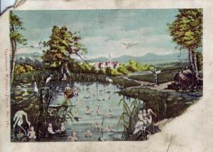 Vorderseite der Feldpostkarte vom 7. Oktober 1914, gesendet aus dem belgischen Löwen - hier ein friedliches Idyll mit stilisiert gutem Wetter.