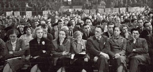 A meeting of the British Communist Party, Earls Court, London, 5 August 1939 © Hulton Getty Images.
