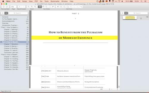 Links das Inhaltsverzeichnis, rechts die Snapshots, in der Mitte die aktuelle Seite mit Lesebalken und unten ein Glossar als Referenz. Skim bietet viele Möglichkeiten.