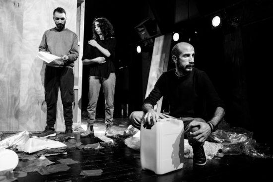 Mohammad Basha, Mays Assi, Alaa Abu Gharbieh, répétitions d'About François, décembre 2018, crédits Jakob Jurkoek