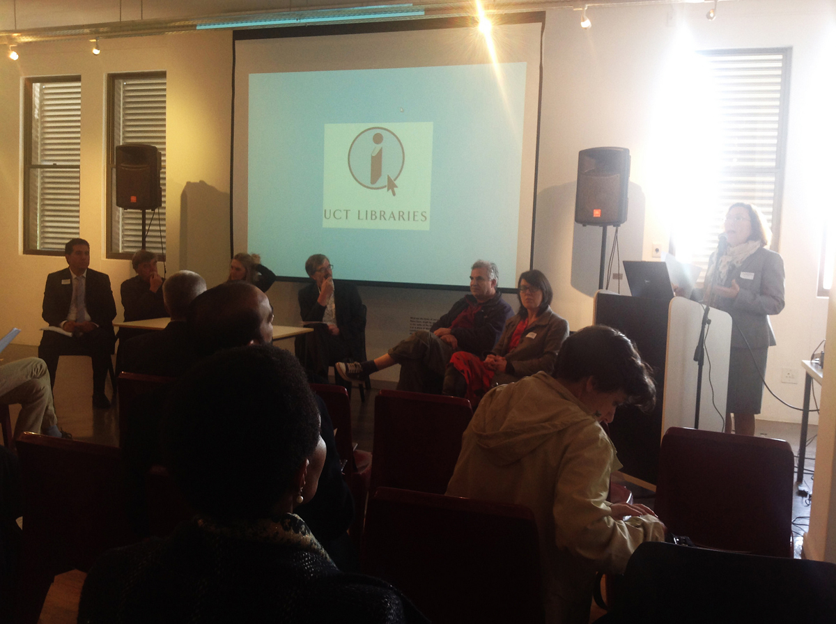 "The roundtable discussion focussed on the topic of ""Providing access to African cultural heritage."""