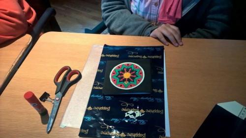 نموذج من الكتاب الذي صنعه الأطفال بأيديهم