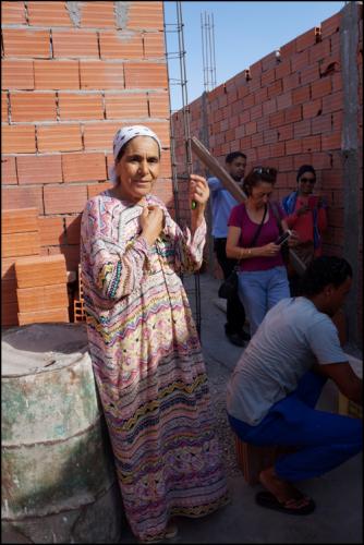 Visite du chantier de construction souri (moderne) dirigé par Fattouma.