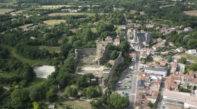 Archéologie d'un site castral : l'exemple poitevin du château de Talmont