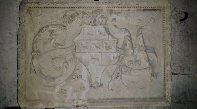 Stratégie familiale, religion et diplomatie dans la construction de l'État au XVIe siècle : l'exemple de la famille Marillac