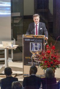 Generaldirektor Professor Heckl bei der Eröffnung