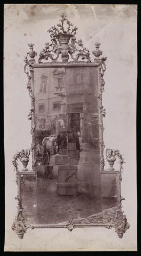 Nicht identifizierter Fotograf, Spiegel, zweite Hälfte 18. Jahrhundert, Albuminpapier, 27,2 x 15,1 cm (Foto), Inv. Nr. 614519 (Abt. Kunstgewerbe Holz)