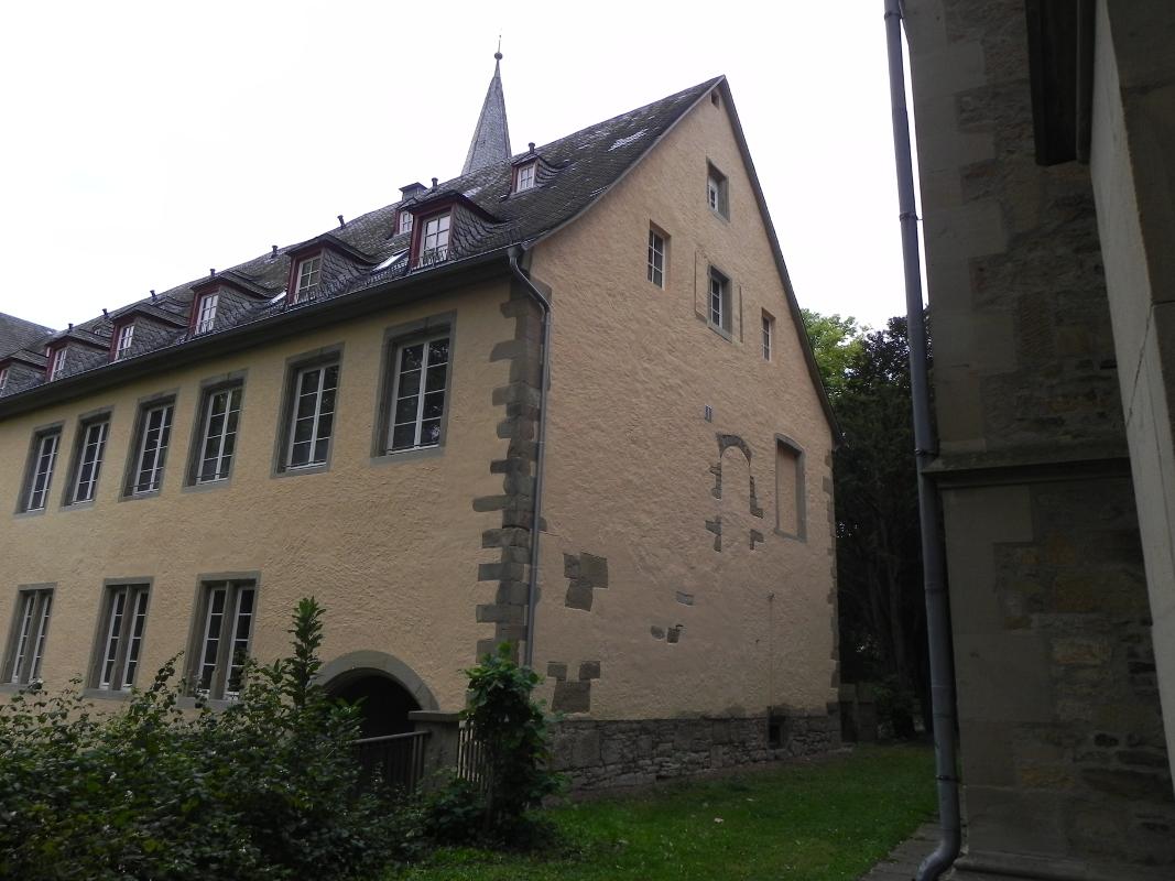 Magdalenenbau von Nordosten, ehem. Öffnung des Gangs zum Oratorium