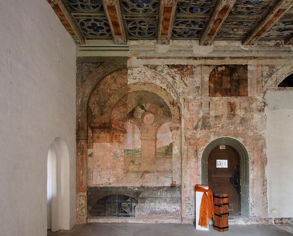Schloss Lichtenburg, Flügel D3, erstes Obergeschoss, sog. Frauengemächer, Ostwand